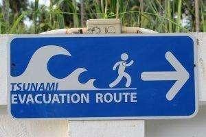 Bringe dich bei einem Tsunami in Sicherheit