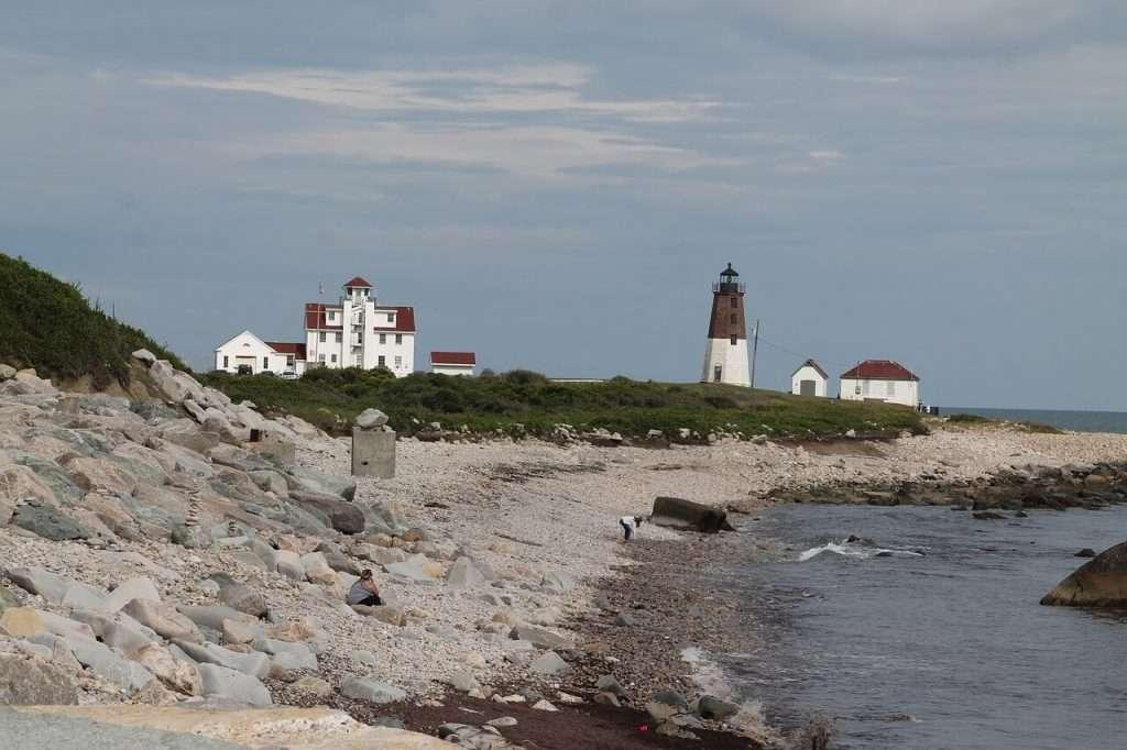 Küste von Rhode Island USA mit Leuchtturm