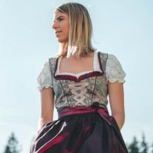 Kleidung zum Thema Deutschland – Werbung